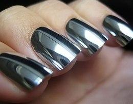 Nail-art-effetto-specchio